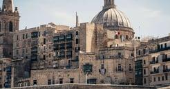 Top 13 Khác Biệt Giữa Thường Trú Malta và Quốc Tịch Malta
