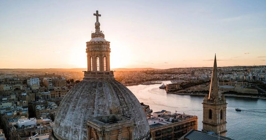 Hướng dẫn đầy đủ về lấy quốc tịch Malta bằng cách đầu tư