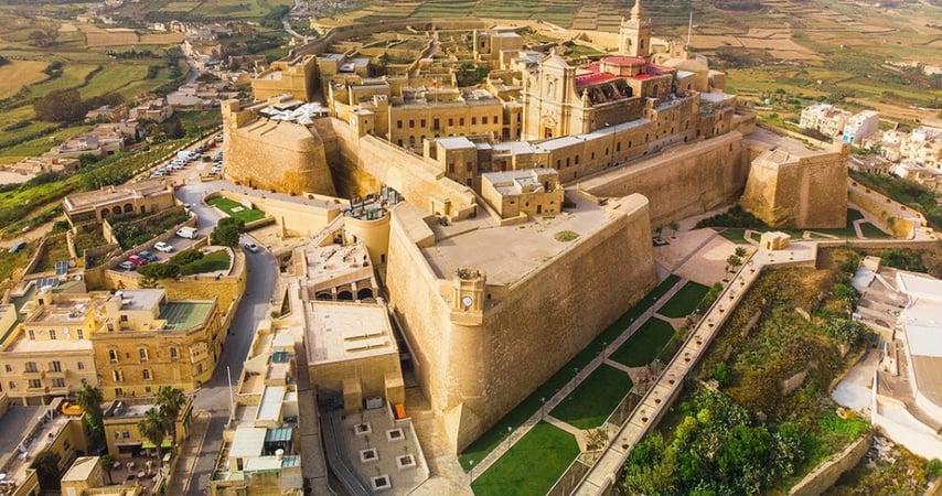 Hướng dẫn đầy đủ về việc làm tại Malta